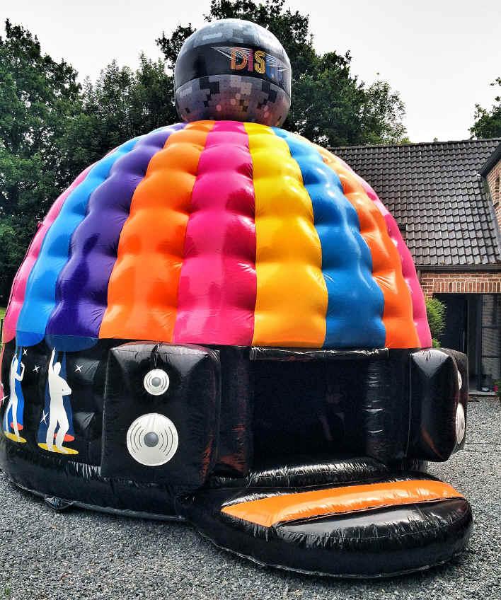 c 39 est gonfl location chateaux gonflables jeux sumos bungee run elastarun trampolines. Black Bedroom Furniture Sets. Home Design Ideas